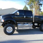 Black Xtreme Supertruck exterior