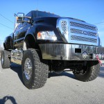 Xtreme truck with Viper alarm, 325HP Cummins diesel engine